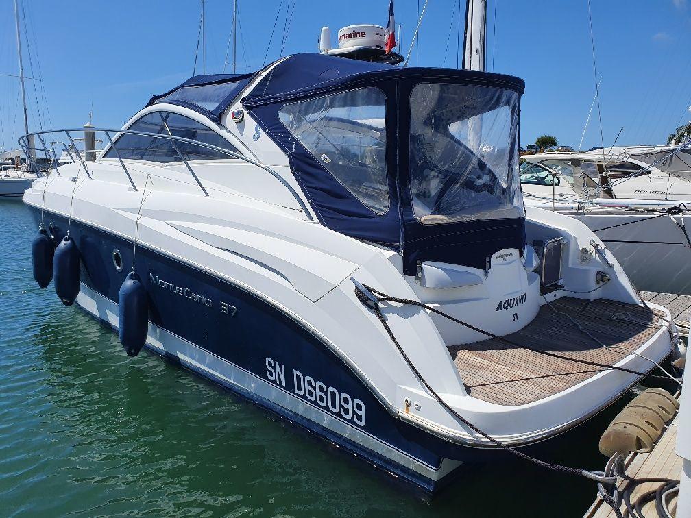 BENETEAU MONTE CARLO 37 OPEN inboard