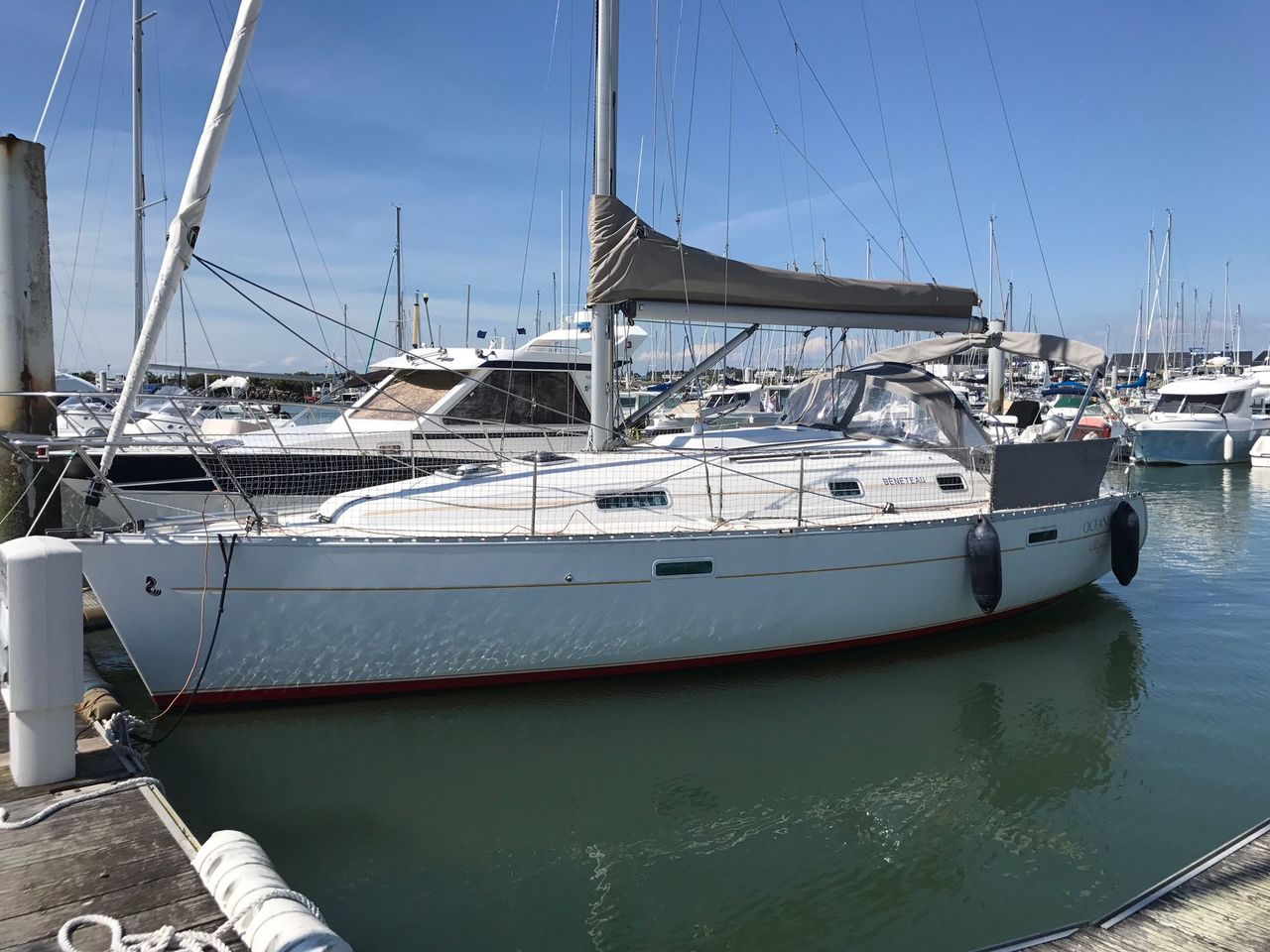 photo - OCEANIS CLIPPER 331