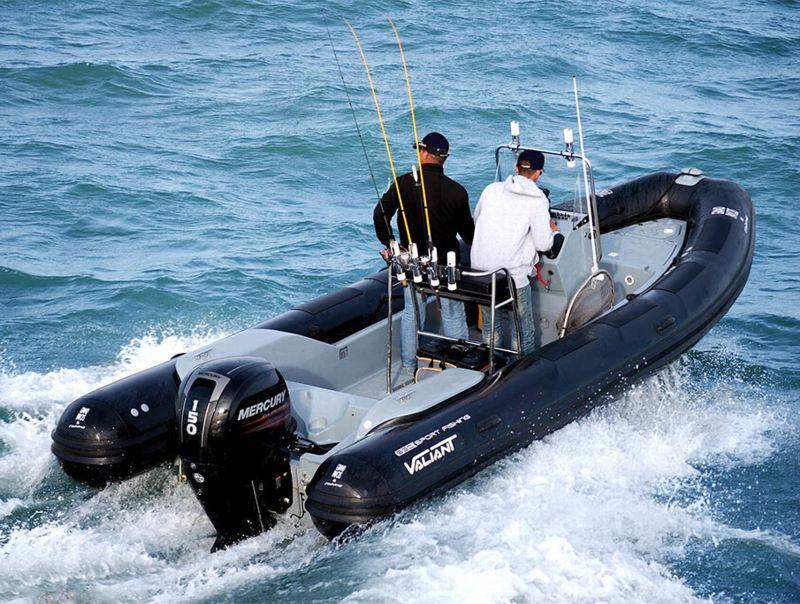 bateau hors bord occasion anglais cobra rib en vente partir de 33 500 la baule nautic. Black Bedroom Furniture Sets. Home Design Ideas