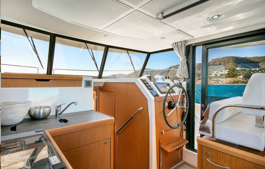 photo - SWIFT TRAWLER 35
