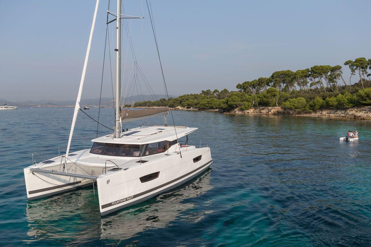 FOUNTAINE PAJOT LUCIA 40 NEUF DISPONIBLE JUIN 2020