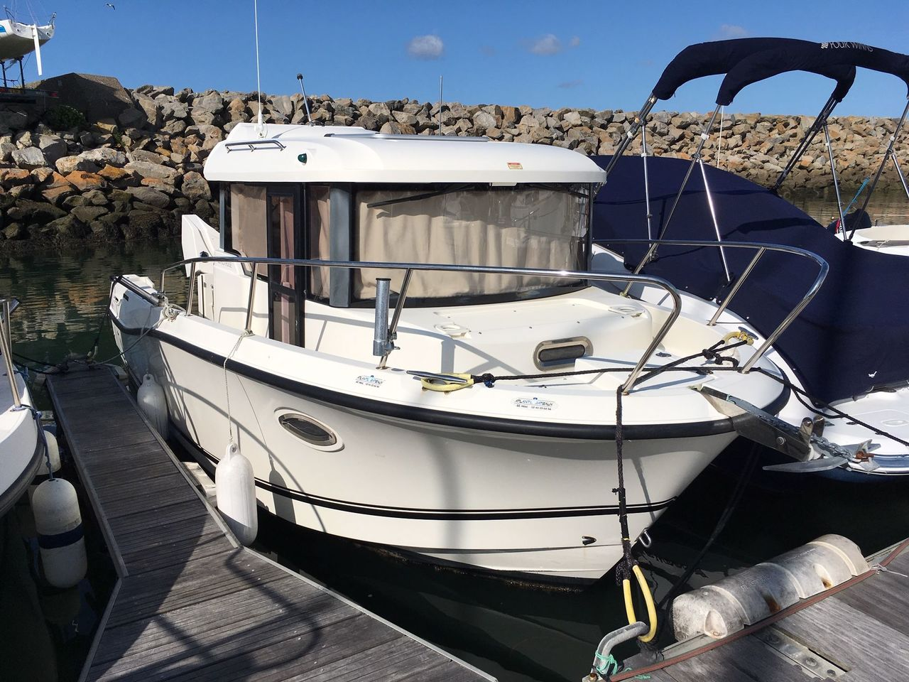 photo - QUICKSILVER 755 PILOTHOUSE