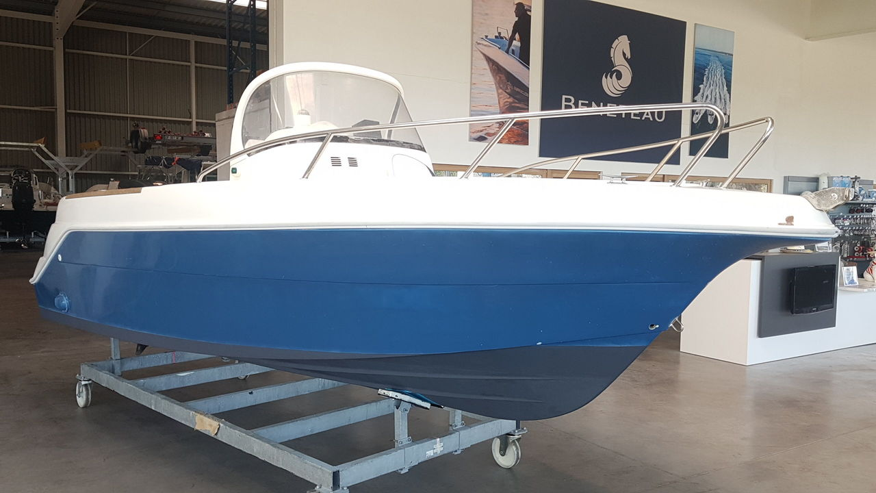 photo - QUICKSILVER 550 COMMANDER
