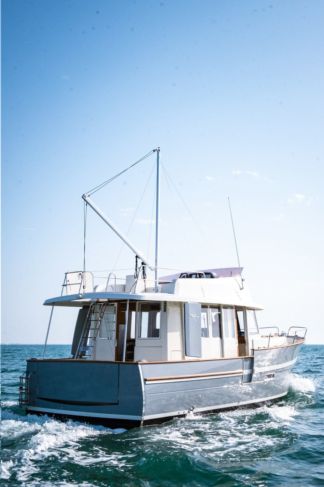 photo - RHEA TRAWLER 34