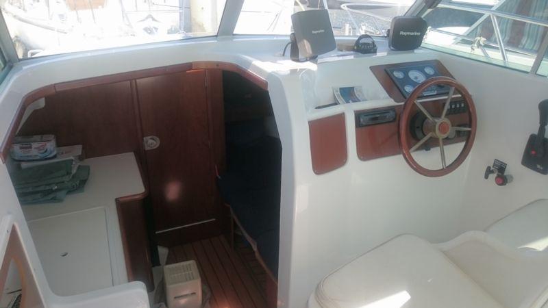 bateau inboard occasion beneteau antares 710 en vente  u00e0