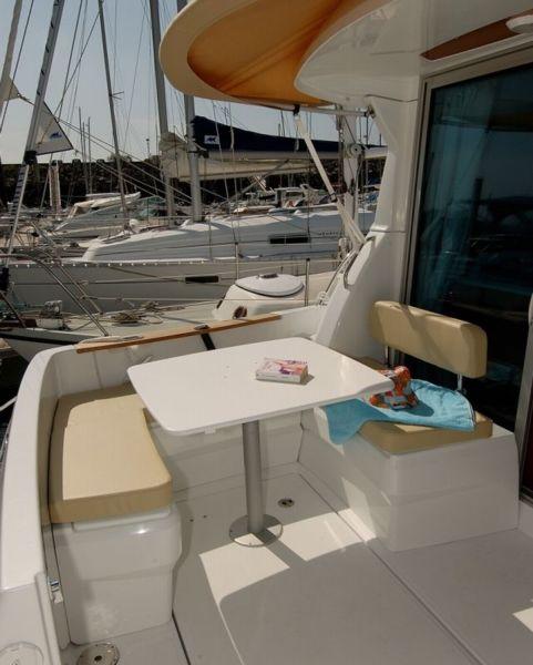 bateau inboard neuf beneteau antares 8 en vente  u00e0 partir