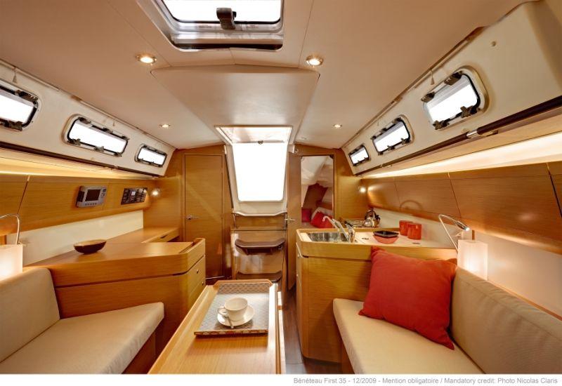 bateau voiliers neuf beneteau first 35 carbon edition en vente  u00e0 partir de 175 152 u20ac  la baule
